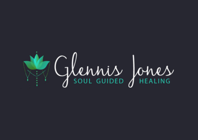 Vanessa-Ooms---Logo-Design---Glennis-Jones