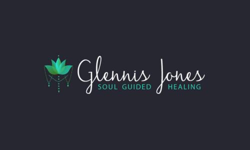 Vanessa-Ooms---Logo-Design---Glennis-Jones